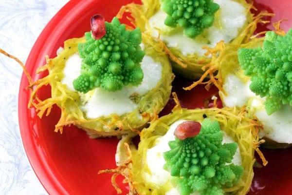 17 Creative Quiche Recipes: Christmas Tree Mini Quiches
