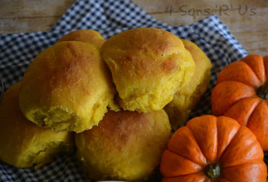 15 creative homemade dinner roll recipes to try tonight creative dinner roll recipes pumpkin olive oil dinner rolls forumfinder Images