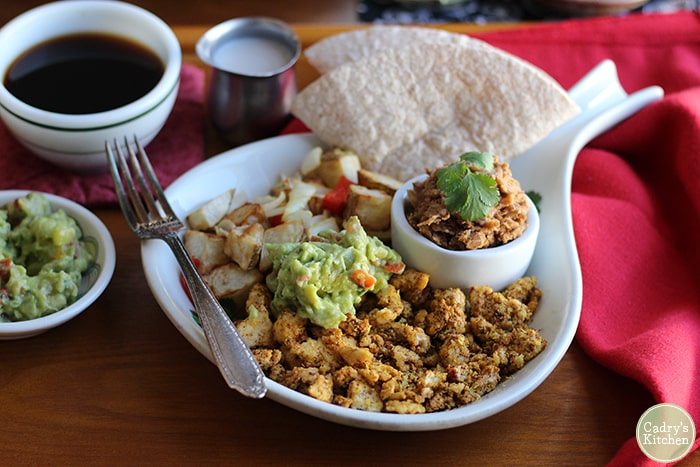 49 Savory Vegan Breakfast Recipes: El Tipico