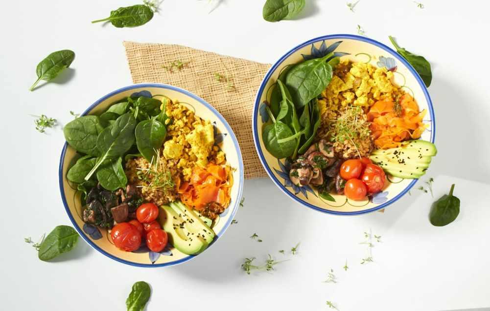 49 Savory Vegan Breakfast Recipes: Vegan Smoked Salmon Bowl