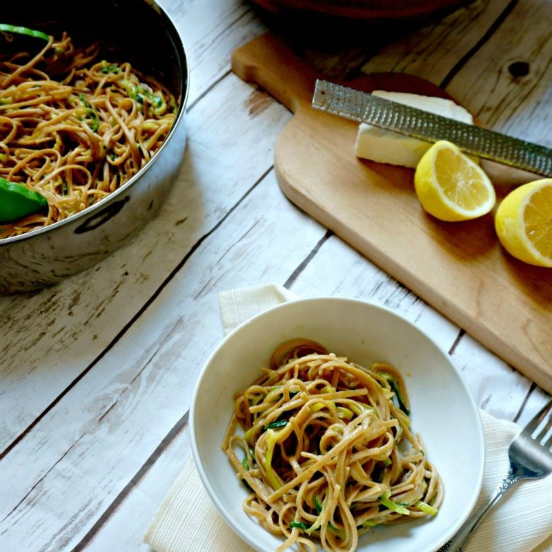 18 Vegetarian One-Pot Pasta Recipes for Busy Weeknights: 15-Minute Skinny Fettuccine Alfredo