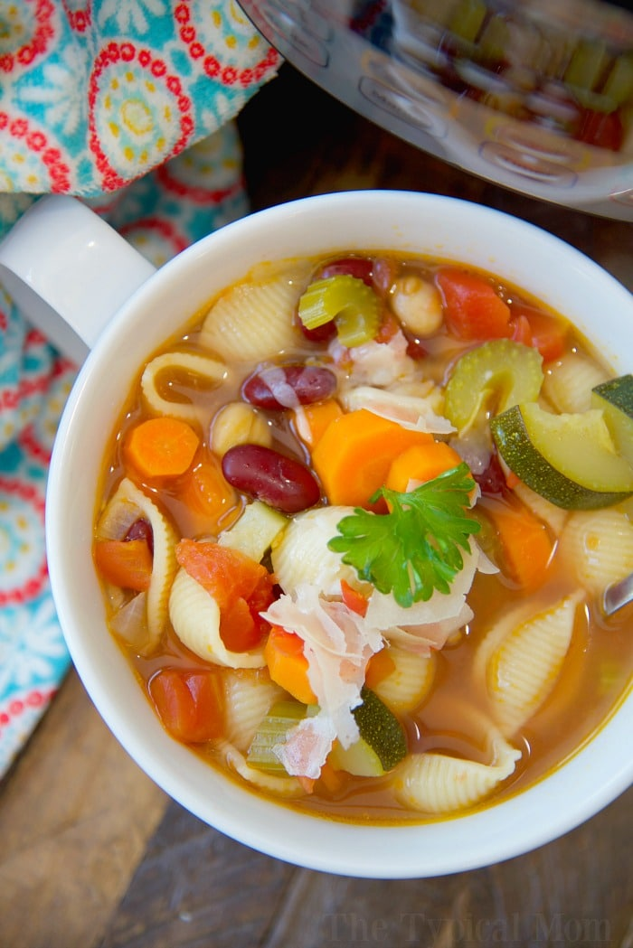 18 Vegetarian One-Pot Pasta Recipes for Busy Weeknights: Easy Instant Pot Minestrone Soup