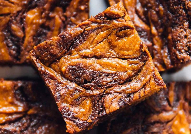 21 Drool-Worthy Recipes for Vegan Brownies: Vegan Pumpkin Cheesecake Swirl Brownies
