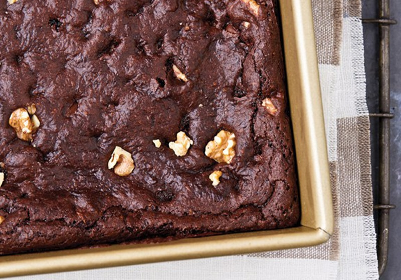 21 Drool-Worthy Recipes for Vegan Brownies: Very Fudgy Chocolate Chip Brownies