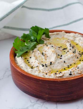 The Best Basic Hummus