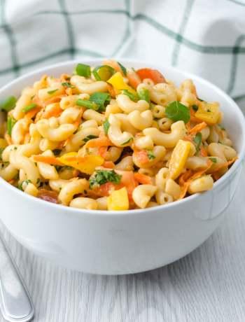 creamy vegetarian macaroni salad
