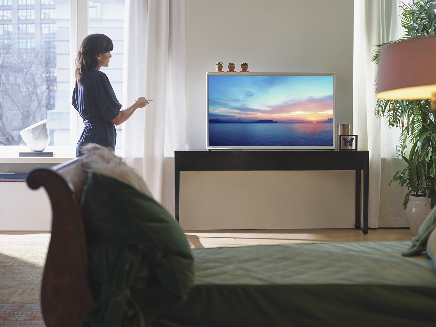 Samsung's Lifestyle TVs Enhance Malaysian Homes with Dazzling Designs