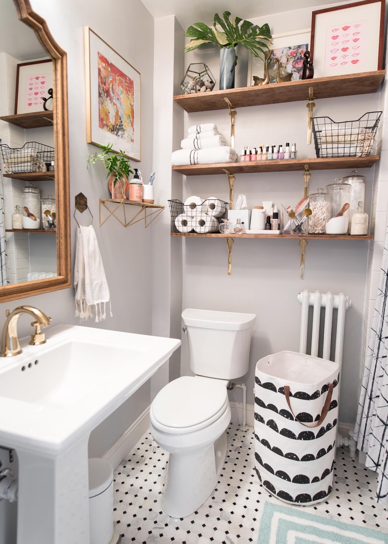 1920s-inspired Classic Small Bathroom on Small Apartment Bathroom Ideas  id=57607