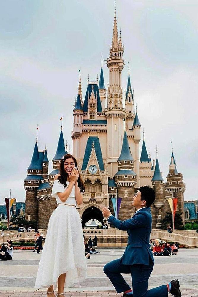 15 Disney Proposals For A Creative Couple