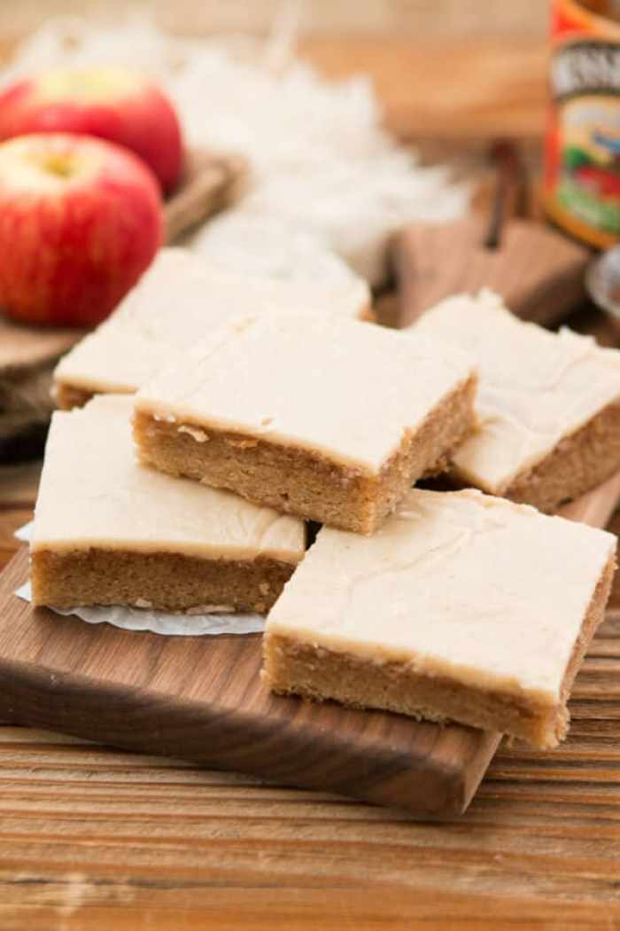 HOLY YUM. Apple butter spice sheet cake with brown butter apple frosting! ohsweetbasil.com