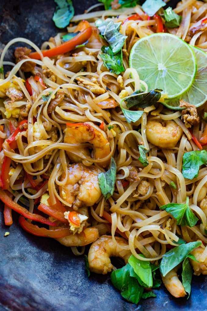 One Pan Simple Asian Shrimp Noodles - Oh Sweet Basil
