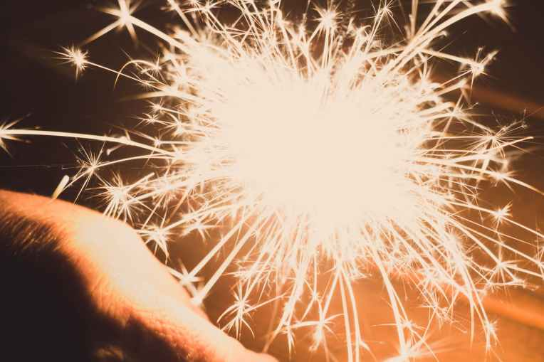 closeup photography of sparkler