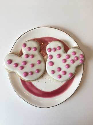 Mickey Mouse Shortbread Cookie - Disney Recipe