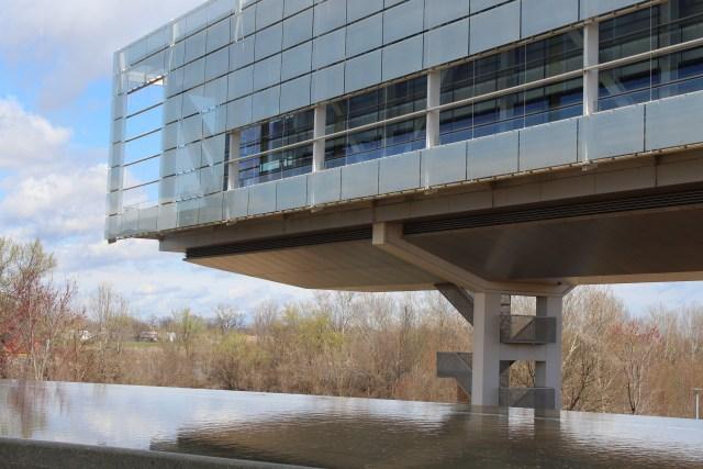 Clinton Presidential Library facing perpendicular to the Arkansas River in Little Rock.