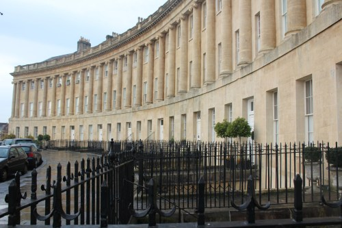 Elegantly curved -- the Royal Crescent in Bath, England