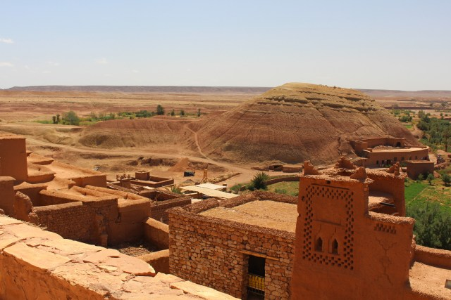 At the base of the hill, a round depression is all that's left of the arena used in Gladiator. Townspeople stood on the various levels of Ait Ben Haddou looking down at the action.