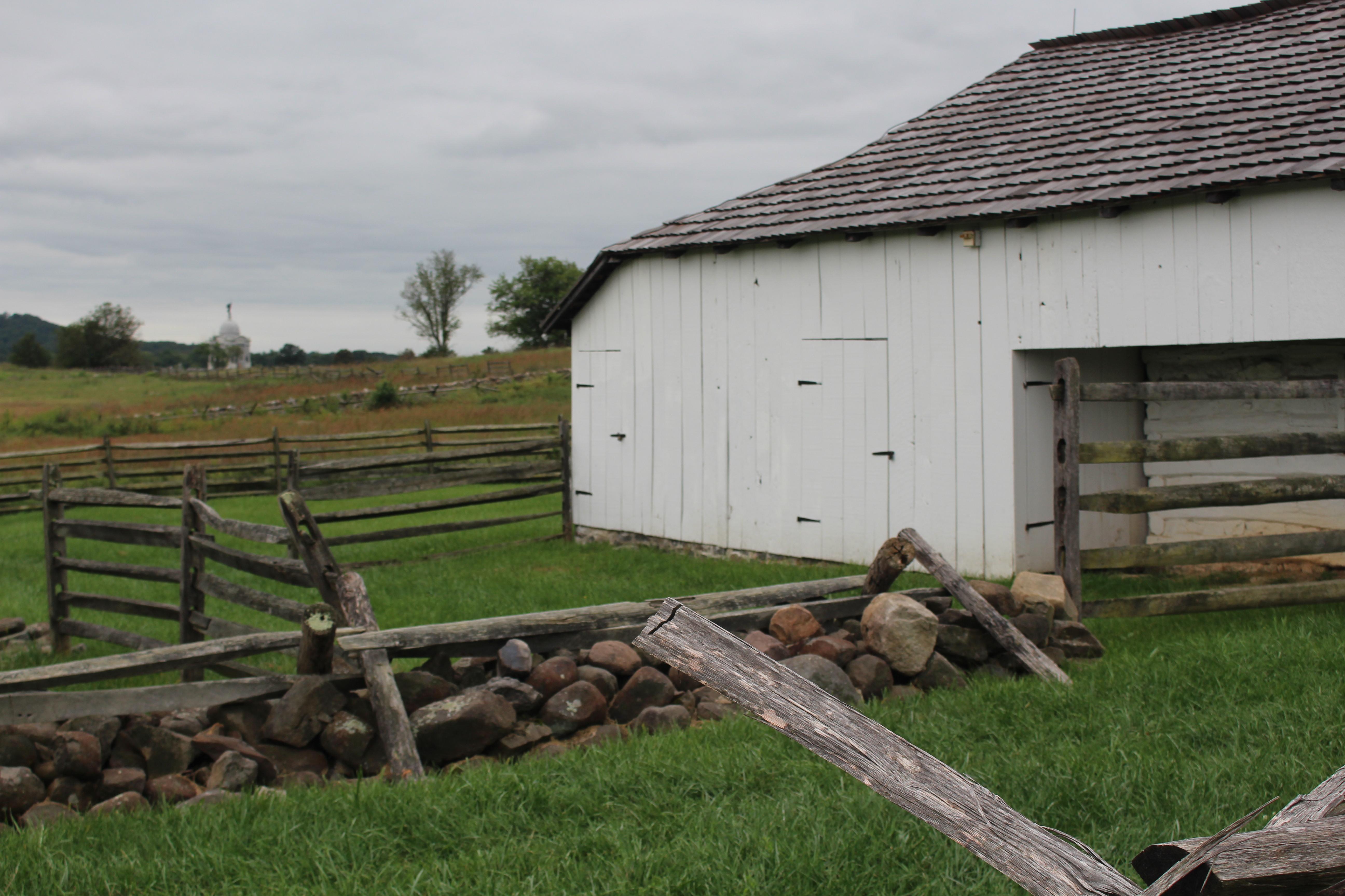Gettysburg barn with fencing
