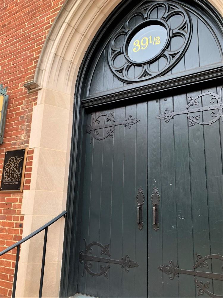 Annapolis black door house