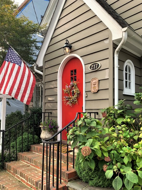 Annapolis home with flag