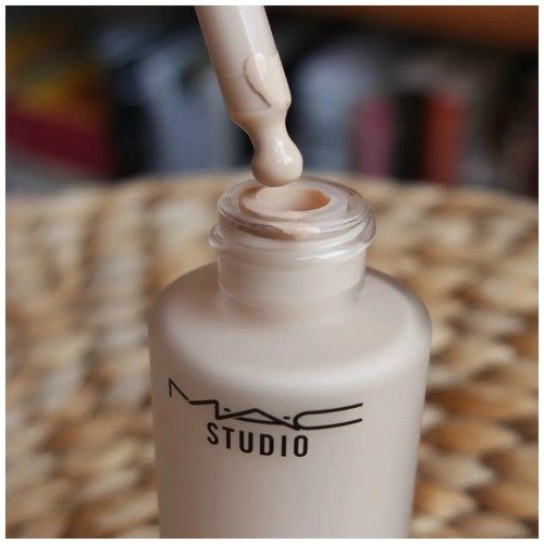 mac waterweight foundation nc15 review swatch