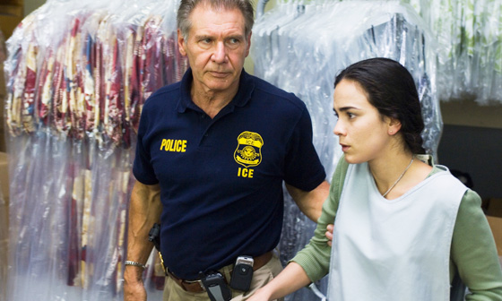 Harrison Ford (Max Brogan) e Alice Braga (Mireya) / Foto: Dale Robinette/TWC 2007