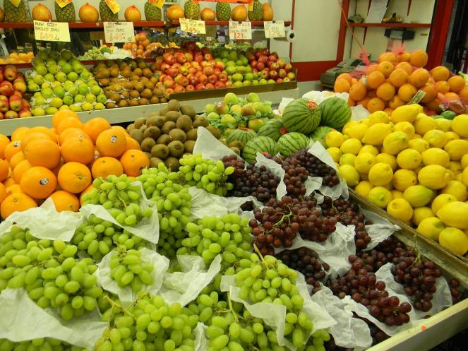 o-colorido-das-frutas-no-st-lawrence-market