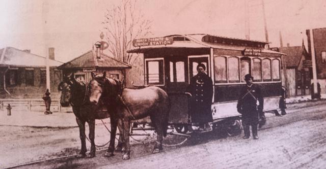 Em 1861, o Sistema de Transporte da cidade de Toronto era uma franquia de 30 anos para uma ferrovia destinada a veículos a cavalo.