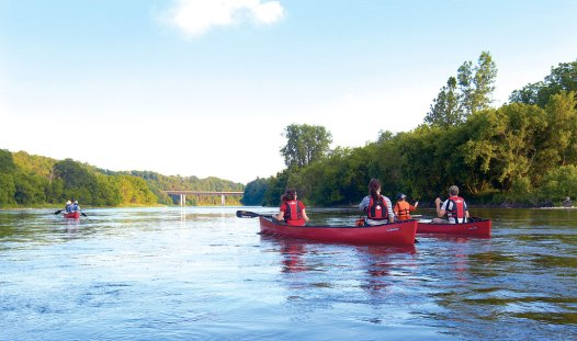 Canoagem no Grand River, em Brantford