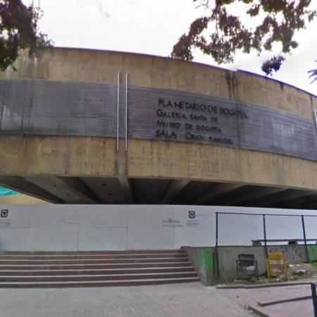 Ni el Planetario se salvo de Petro