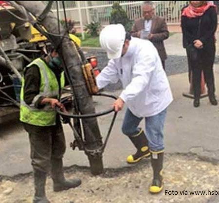 Maquinas tapa huecos Bogota