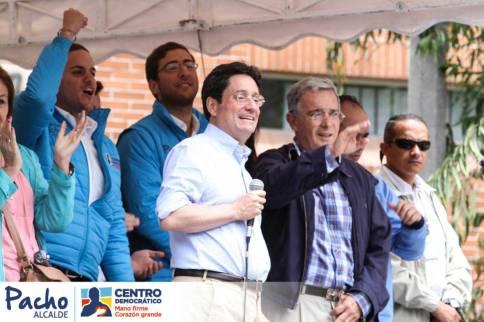 Francisco Pacho Santos y Alvaro Uribe