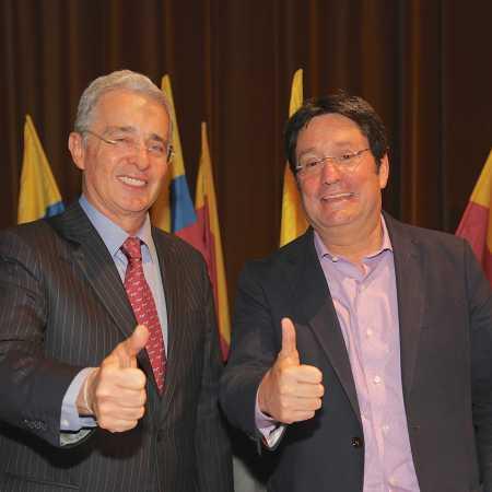 Pacho Santos y Alvaro Uribe