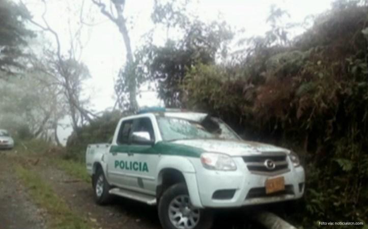 camioneta policía