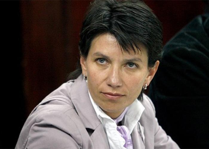 """Atacan a Claudia López y la califican como """"la reina del oportunismo"""""""