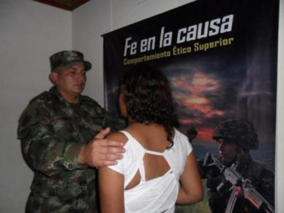 www.lanacion.com.co_wp-content_uploads_2012_07_Niña-de-13-años-huye-de-las-Farc
