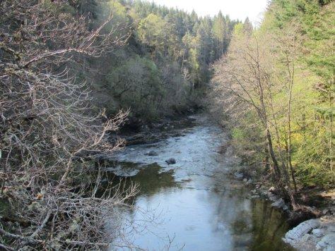 The River Tilt from the Cumhann-leum bridge