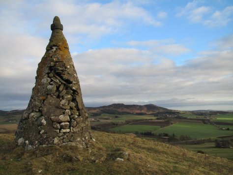 Cairn of West Mains Hill