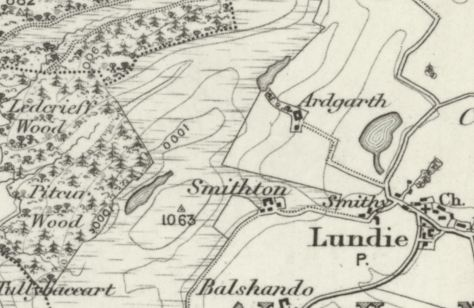1895 OS map of Lundie, showing smithy