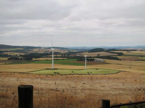 Wind turbines on Fothringham Hill