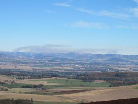 Smoke shows temperature inversion over Strathmore