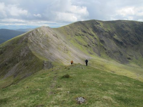 Descending towards Beinn Eibhinn