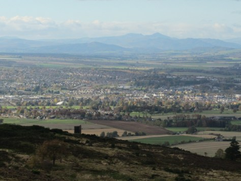 McDuff's Monument, Perth, Stuc a'Chroin, Ben Vorlich from Murrayshall Hill