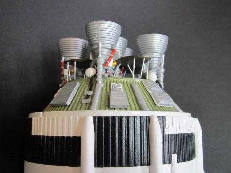 Revell 1/96 Saturn V S-II aft assembly 2