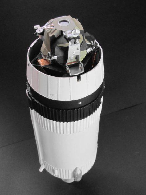 Revell 1/96 Saturn V S-IVB with SLA & LM (2)