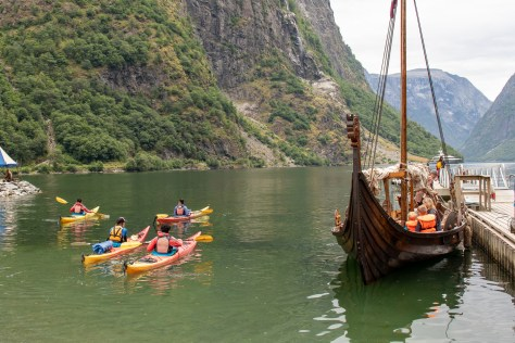 Kayaks meet longship, Gudvangen