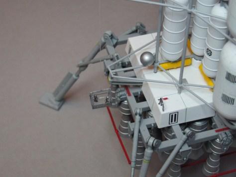 Pegasus 1/350 Von Braun Moon Lander model 6