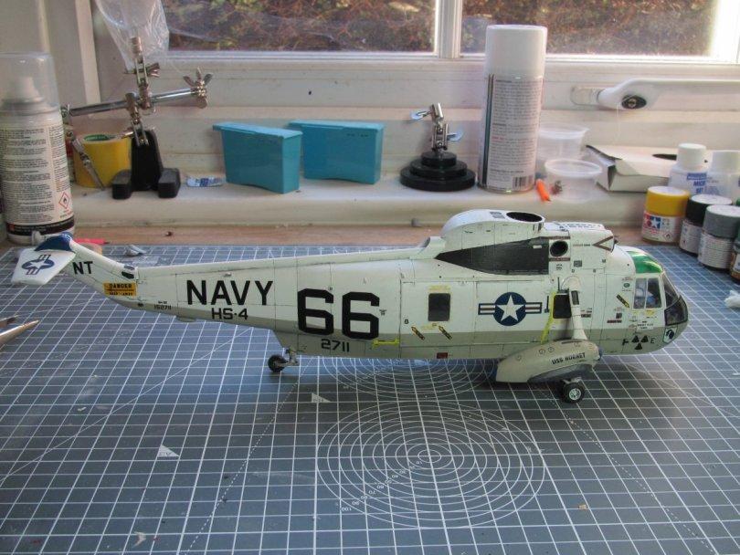 Hasegawa 1/48 SH-3H Sea King wheels on