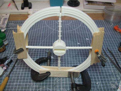 Fantastic Plastic Space Station V assembling rim 3