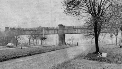 Dundee-Newtyle Railway bridge over Kingsway, Dundee