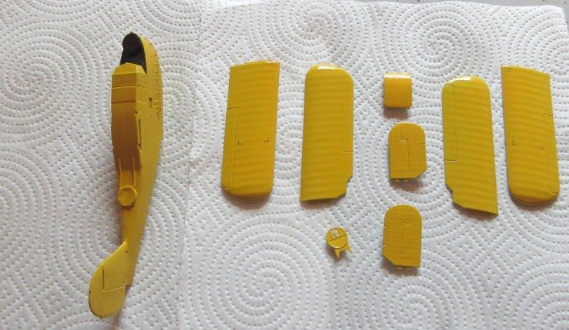 Revell 1/72 Supermarine Walrus yellow paint